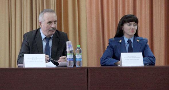 Сотрудники прокуратуры встретились со студентами