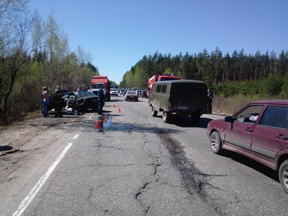 В аварии погибли 2 человека