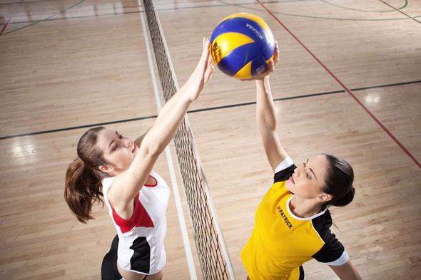Стартовые игры чемпионата по волейболу