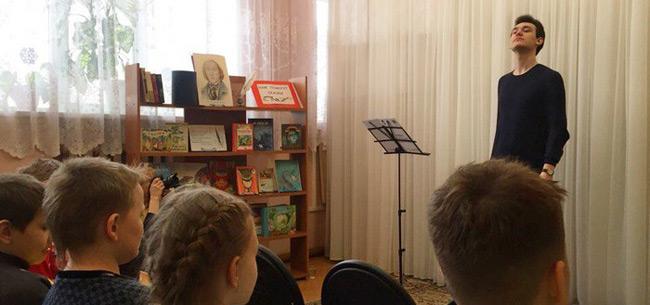 """В Коврове прошел спектакль благотворительного проекта &quotСказки с фортепиано"""""""