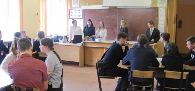 Ветераны ковровского ОМВД провели для учащихся брей-ринг по вопросам истории Великой Отечественной войны