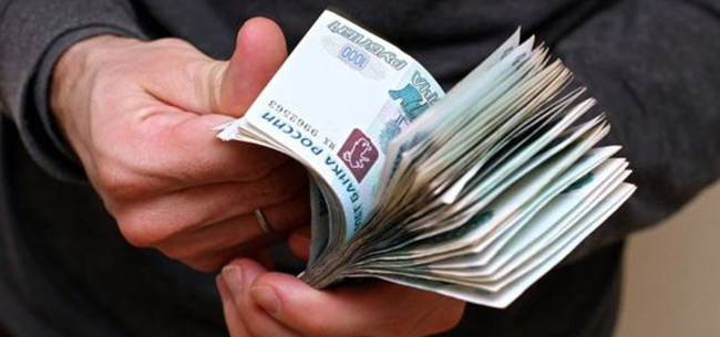 Неизвестный продал пенсионерам лампочки на 47 тысяч рублей