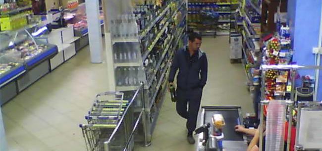 Полицейские разыскивают подозреваемого в краже