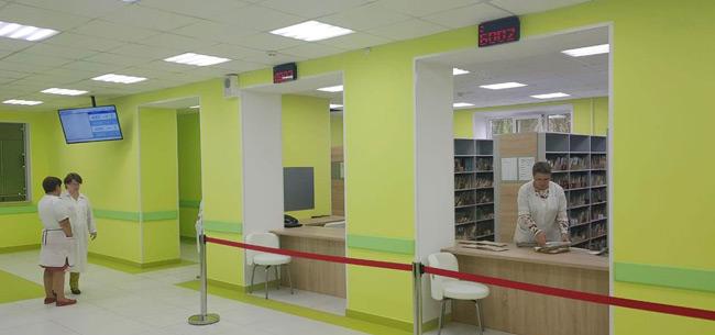 В Ковровской горбольнице №2 обновлена регистратура взрослой поликлиники