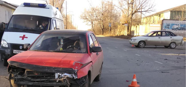 В авариях пострадали 5 человек