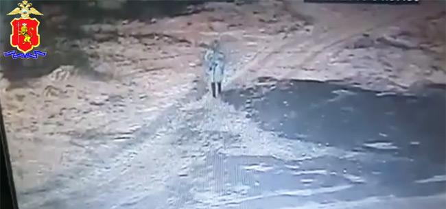 В Коврове полицейские разыскивают женщину, которая оставила младенца у здания роддома