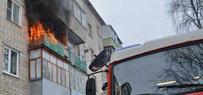 В Коврове на пожаре сотрудники УК спасли ребенка