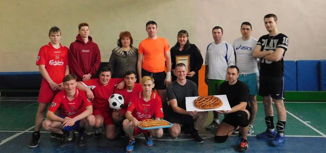 Ковровские полицейские провели со студентами колледжа товарищеский матч по волейболу
