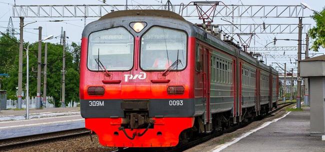 Во Владимирской области жителям предпенсионного возраста предоставлена скидка на проезд в электричках в дачный сезон