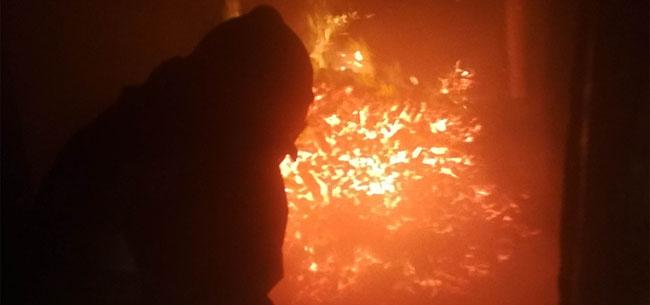 В Коврове подожгли дом