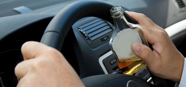 Когда жизнь ничему не учит: снова пьяный за рулем