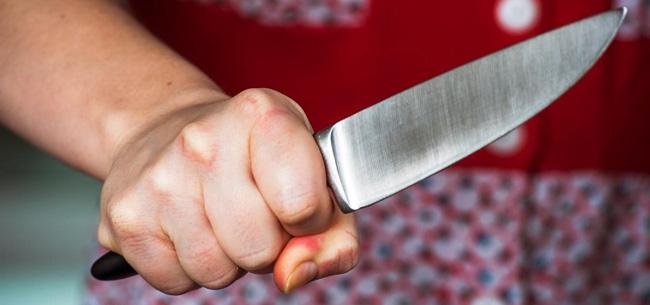 Три ножевых ранения из-за 600 рублей