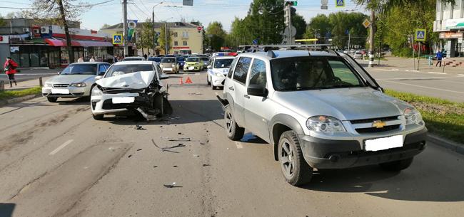 Два человека пострадали в ДТП