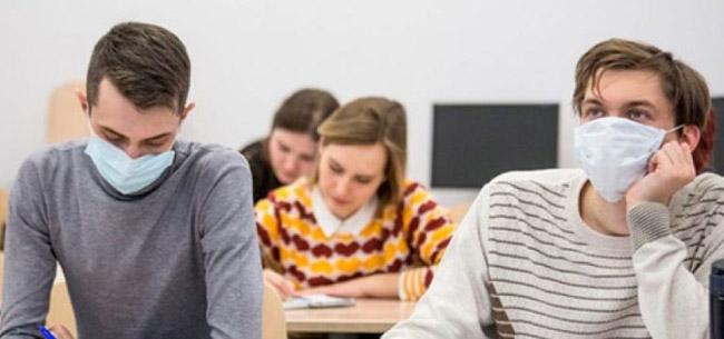 Термометрия на входе и обязательное ношение масок. Как будут учиться студенты российских вузов?